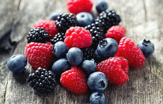 pile de fruits rouges