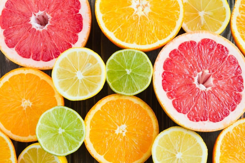 mosaïque d'agrumes pour faire le plein de vitamines et nutriments