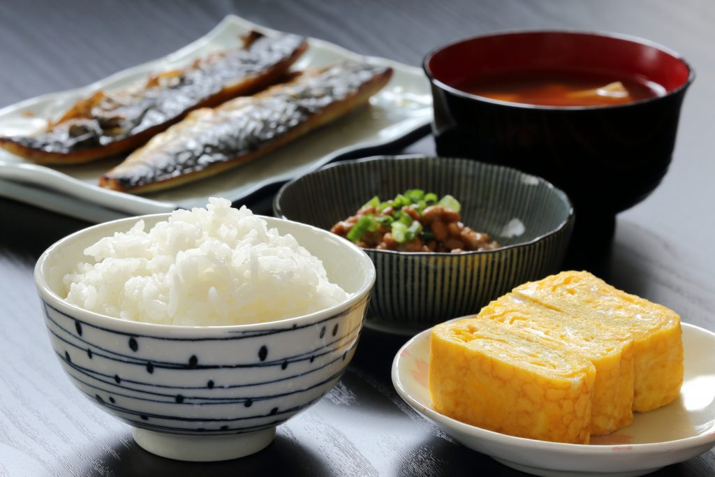 exemple de petit déjeuner japonais
