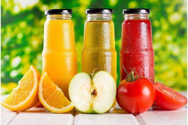 jus d'orange, jus de pomme, jus de tomate
