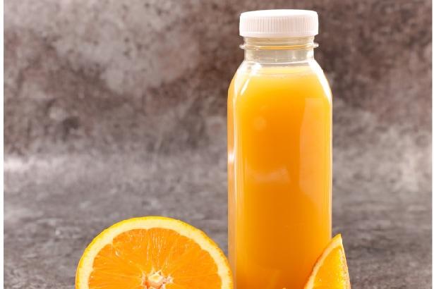 jus d'orange en bouteille